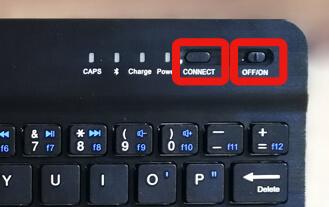 キーボードの電源をオンにしてから【CONNECT】